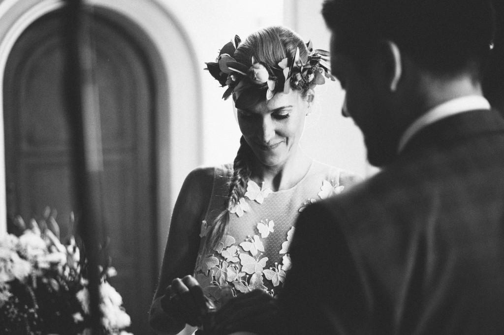 18_Hochzeitsfotograf_Berlin_krichliche_Trauung_Ringtausch