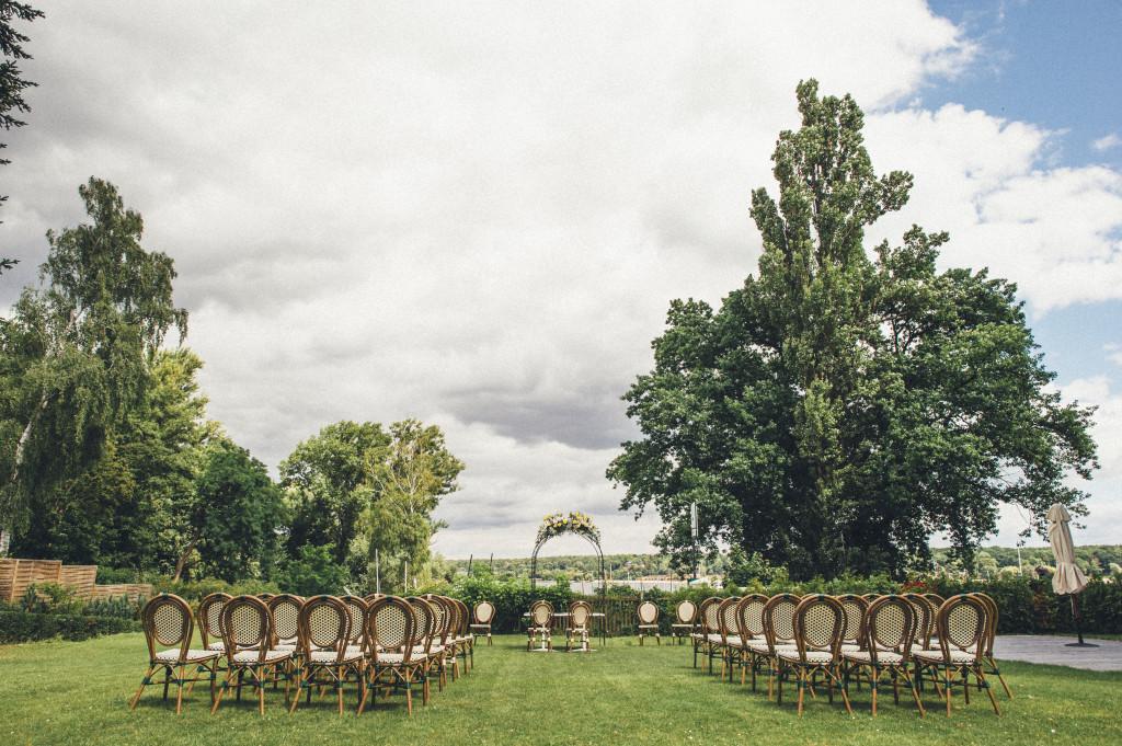 11 Hochzeitsfotograf Berlin Trauung im Freien