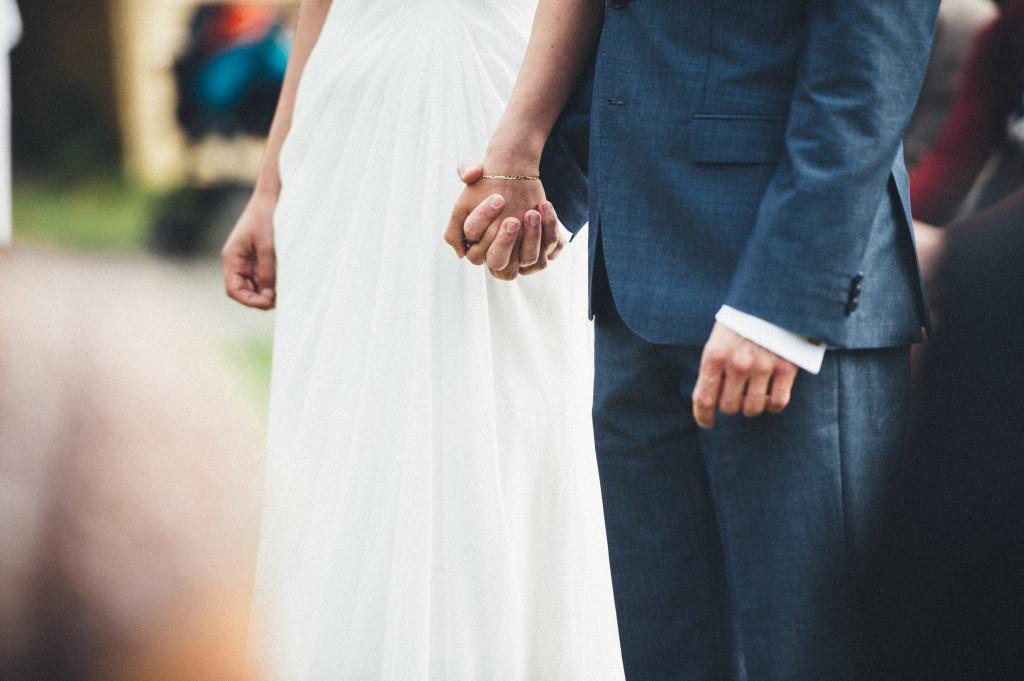 17 Hochzeitsfotograf Berlin freie Trauung im Freien