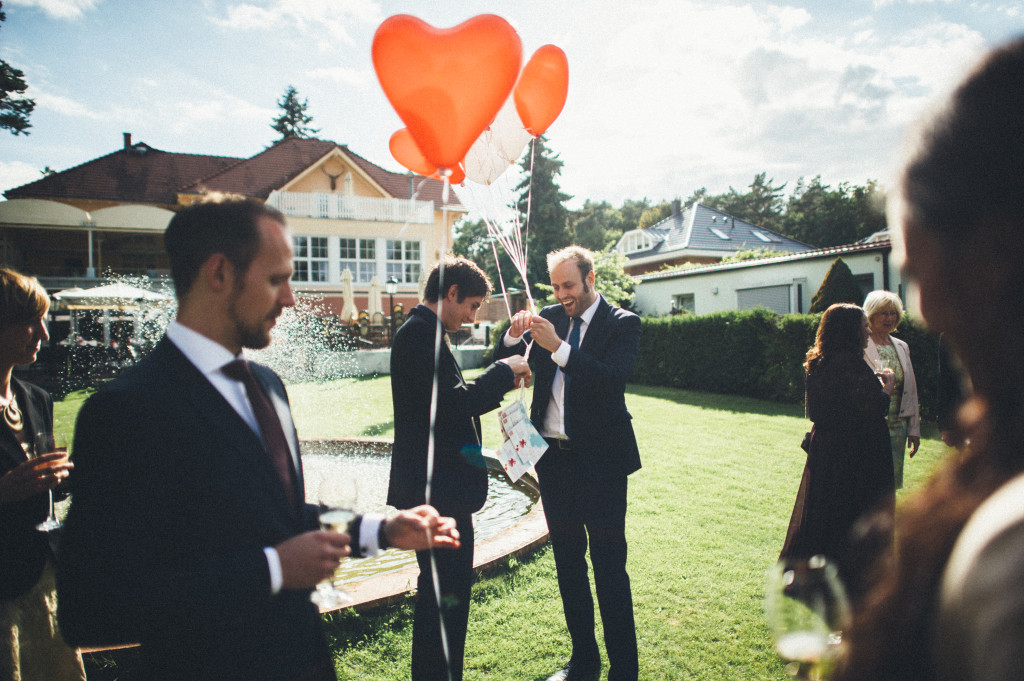 35 Hochzeitsfotograf Berlin Luftballons