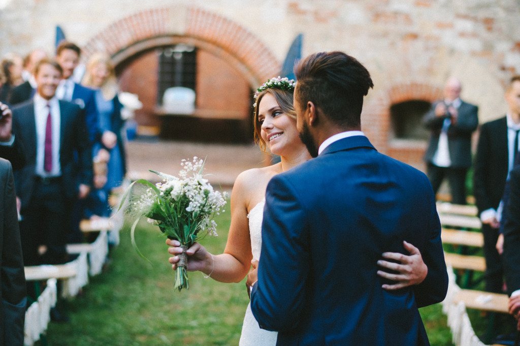 62 Hochzeitsfotograf Berlin freie Trauung Einmarsch